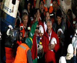 33 Balon Dilepaskan Menandakan Selamatnya Pekerja Tambang
